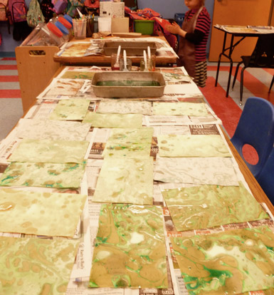 Marbling Paper with Children/ The Eric Carle Museum Studio Blog